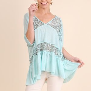 NWT Umgee sky blue v neck lace details top